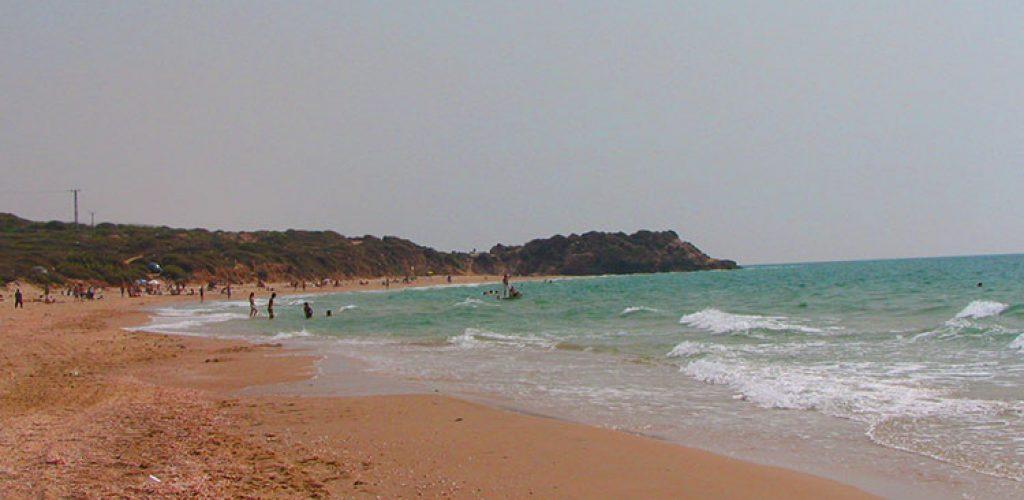 חוף פלמחים, קמפינג בים, אוהלים בים איפה מותר?