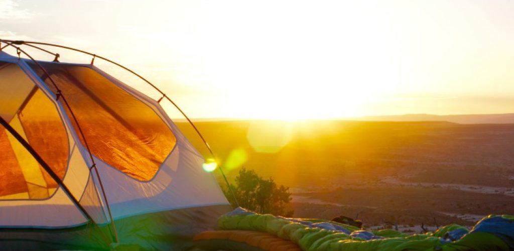 קמפינג באוהל